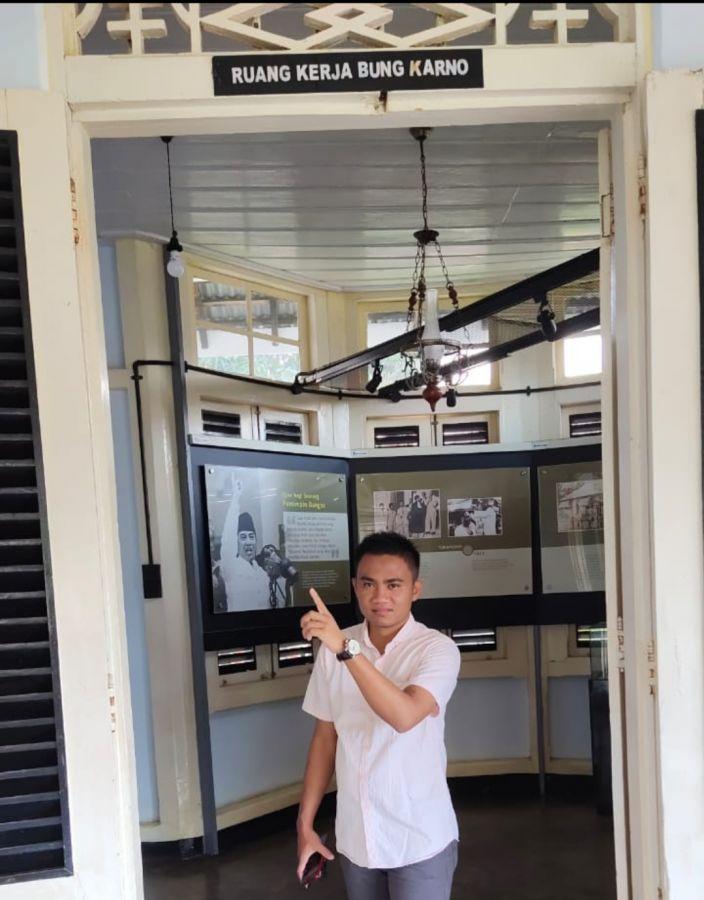 Ganjar Pranowo Dikabarkan Siap Berpasangan Andi Amran Sulaiman