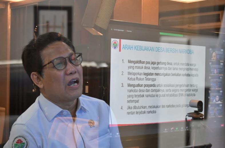 Mendes PDTT  Halim Iskandar Wujudkan Desa  Bebas Narkoba