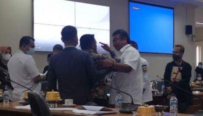 Wakil Ketua DPRD Sulsel Nyaris Adu Jotos Bersama Legislator Arfandy Idris