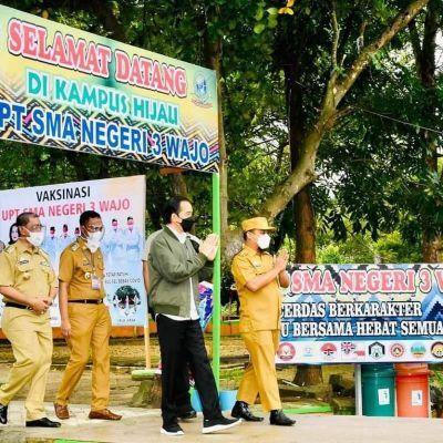 PLT Gubernur Sulsel Dampingi Presiden Jokowi Tinjau Pelaksanaan Vaksinasi