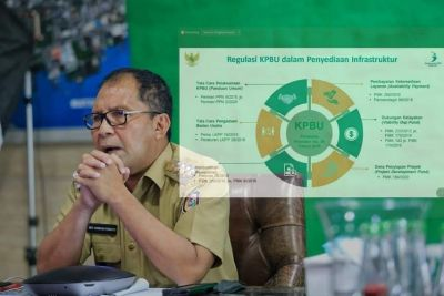 Walikota Makassar Sebagai Narasumber Teknologi Pengolahan Sampah